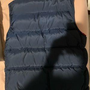 GAP reversible bubble vest